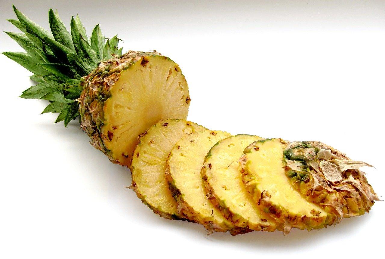 Sumo de Ananás e Canela para Acelerar o Metabolismo e Perder Peso - ZARLLOR