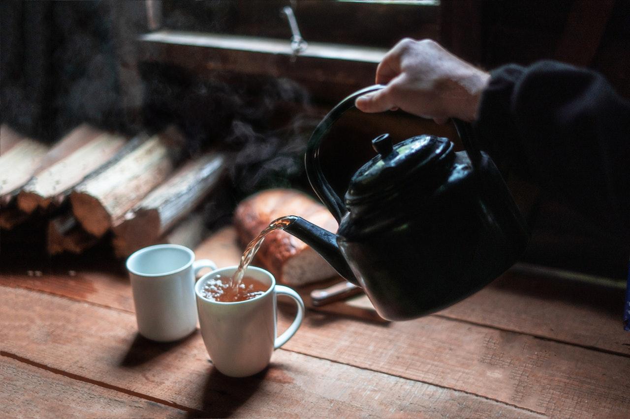 Agua Com Mel E Canela Beneficios detox: chá de canela com folha de louro para perder peso